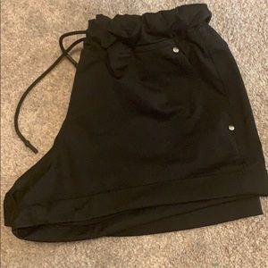 Lululemon black draw string shorts - size 6